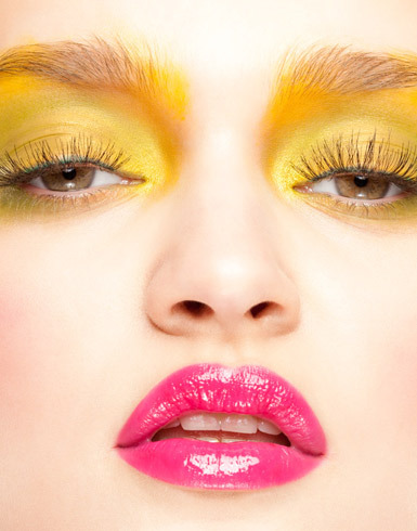 yellow-pink-beauty-look