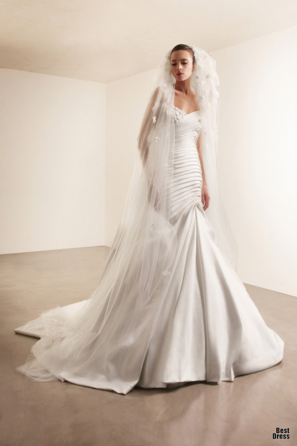 Georges Hobeika in Spring 2012 Bridal Collection 19