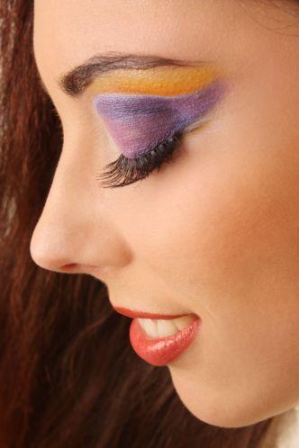 evening-make-up-false-eyelashes-purple-and-orange-eyeshadow
