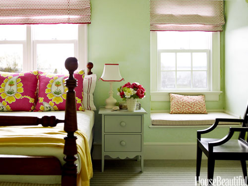 04-hbx-green-bedroom-ridder-1011-rGZcBt-lgn