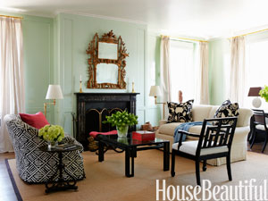 5-hbx-mint-green-living-room-todd-klein-0910-mdn