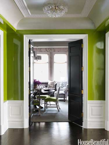 hbx-dark-floor-in-green-entry-0512-murphy11-lgn