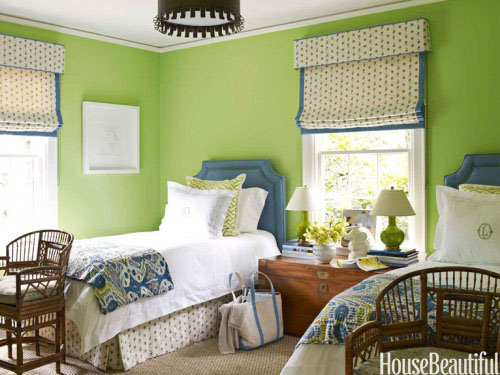 hbx-green-walls-bedroom-traditional-0212-harper10-4cVKdF-ai5bJ1-lgn