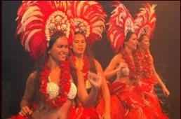 troupe-de-danseuses-polynesiennes