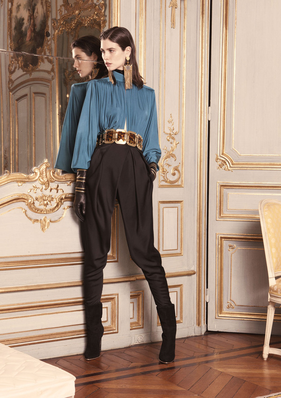 balmain_women_precollection_aw1314_07_479026013_north_552x