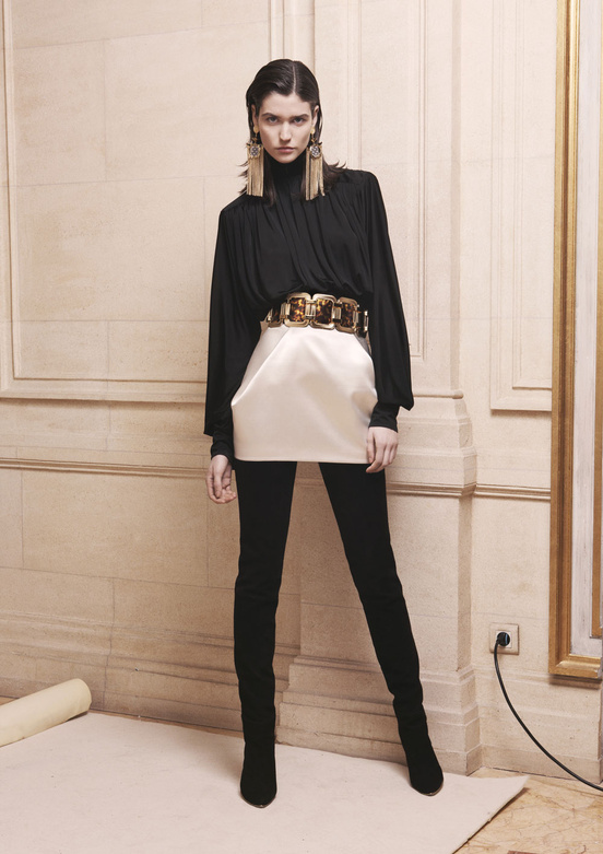 balmain_women_precollection_aw1314_16_641546403_north_552x