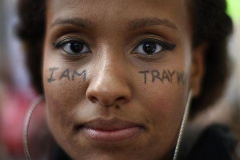 manifestation-a-los-angeles-contre-l-acquittement-de-george-zimmerman-qui-avait-tue-trayvon-martin
