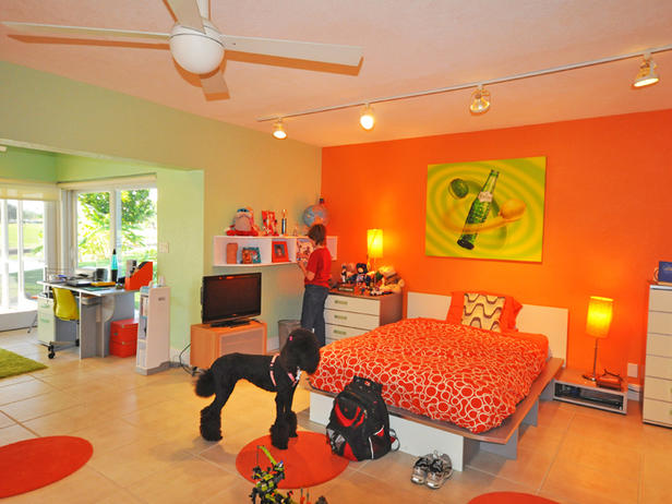 orange-green-bedroom-outside-the-box