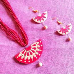 1387959471_581333621_2-handmade-jewellery-in-clay-Mumbai