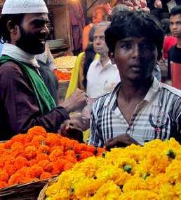 mumbai-flower-boy
