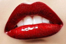 ROUGE GLOSSY TEXTURE